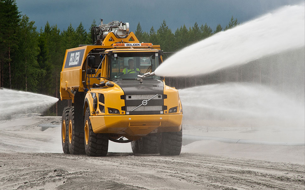 Unifire robotic nozzles, monitors, bumper turrets and water cannons for mining trucks, dust control and wash-down operations.